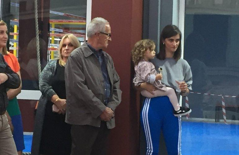Η σύζυγος του Μαρία με την κόρη του Παναγιώτα