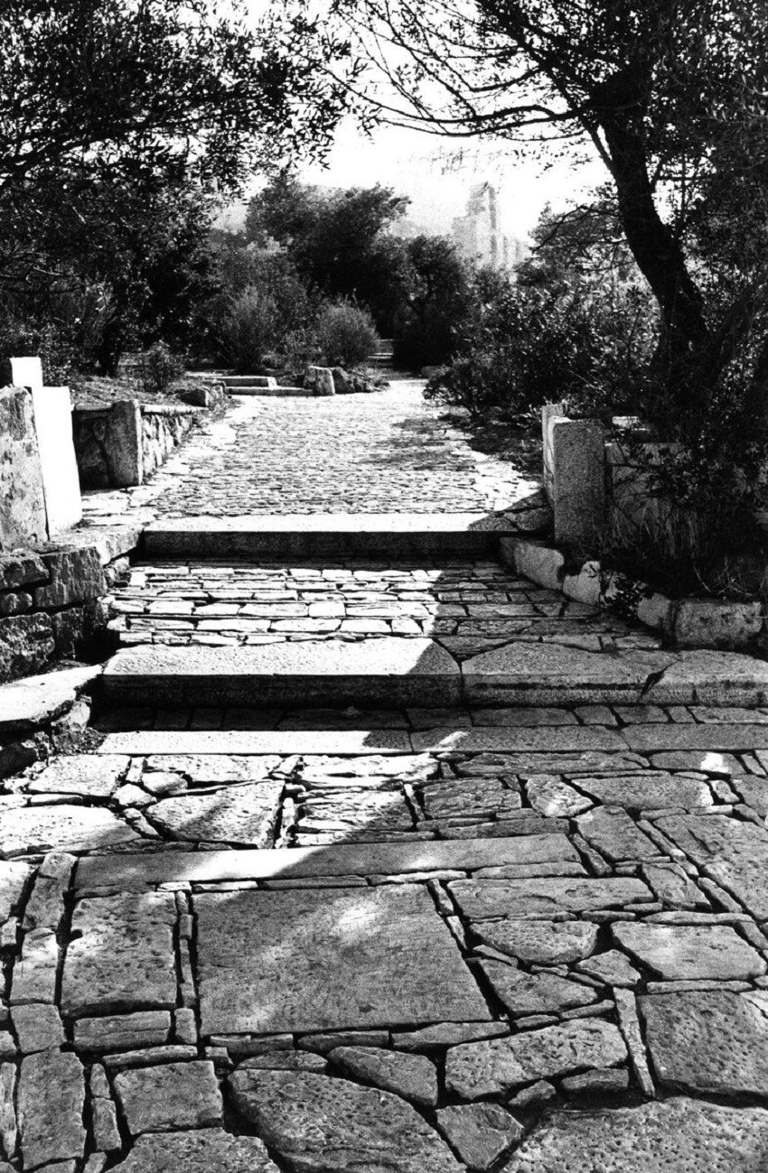 Η πλακόστρωση και γενικά η διαμόρφωση του περιβάλλοντα χώρου της Ακροπόλεως και του λόφου του Φιλοπάππου αποτελεί ίσως το κορυφαίο του έργο.