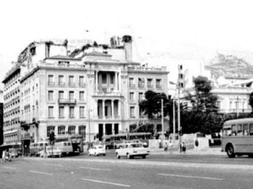 Ως έδρα της Αστυνομικής Διεύθυνσης από την Απελευθέρωση έως την δεκαετία του 70. Η εντολή για επίθεση των αστυνομικών στη διαδήλωση του ΕΑΜ δίδεται από εδώ.