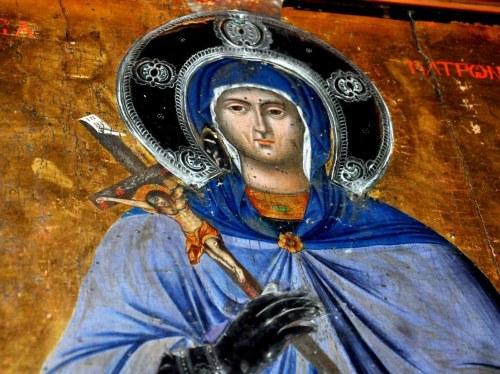 Λεπτομέρεια με το άνω τμήμα της εικόνας όπου και η κεφαλή της Αγίας Ματρώνας