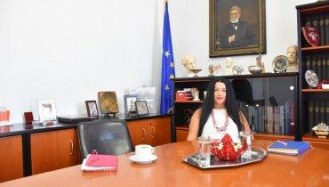 Η διοικήτρια του Σκυλίτσειου Νοσοκομείου Χίου Ελένη Κανταράκη