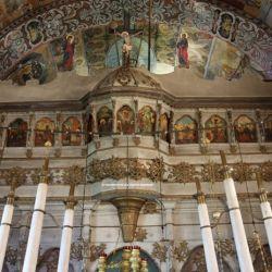 Η αρχιτεκτονική του ναού είναι τύπου μονόκλιτης καμαροσκεπαστής βασιλικής