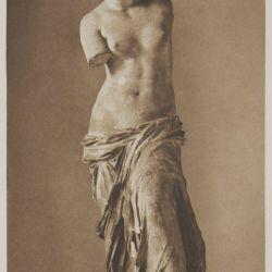 Το διασημότερο αρχαιοελληνικό άγαλμα, η «Αφροδίτη της Μήλου», ύμνος στην ωραιότητα, το κάλλος, την αρμονία, αλλά και την τελειότητα