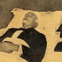 Η σορός του Εθνάρχη Βενιζέλου κατά την Εξόδιο Ακολουθία το 1936, πριν ταξιδέψει για την Ελλάδα και την ταφή στην Κρήτη