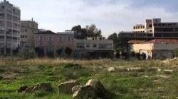 Η «αλάνα» όπου τα παιδιά της περιοχής έπαιζαν καθημερινά. Πρόκειται για σπουδαίο αρχαιολογικό χώρο