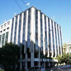 Το απρόσωπο και άχρωμο κτήριο που αντικατέστησε ένα από τα ομορφότερα κτίσματα της ελληνικής πρωτεύουσας.